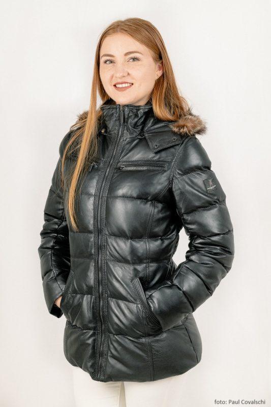 Scurte din piele cu puf de gasca - Model NZ